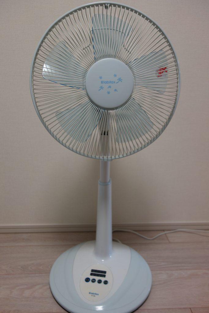 ホームセンターで購入した、安価なACモーター扇風機