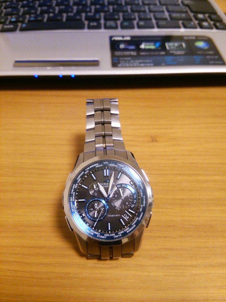 カシオ腕時計 オシアナスの外観