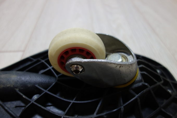 ジェイボード(キャスターボード)の前輪